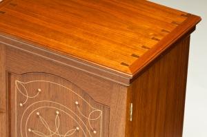Pennsylvania Spice Chesst - detail