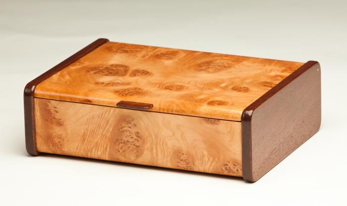 Mappa Burl Veneer Jewelry Box